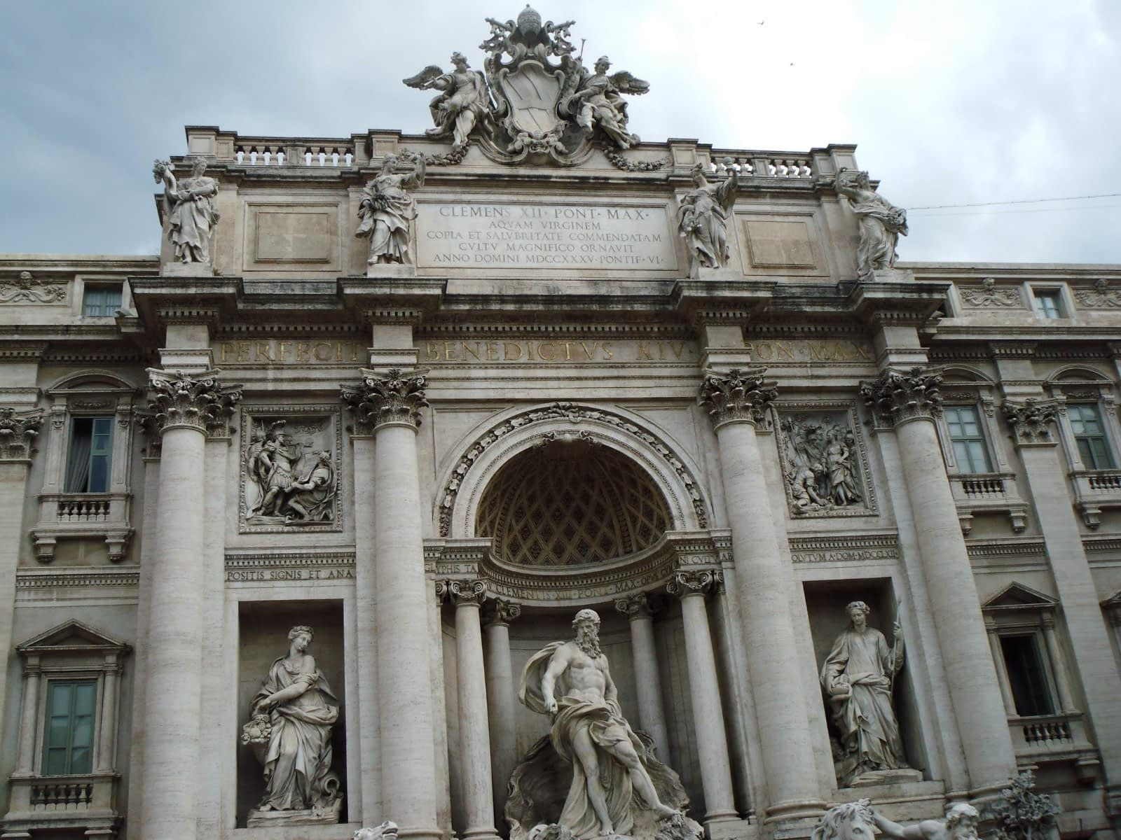 In Photos: Trevi Fountain Facts 4