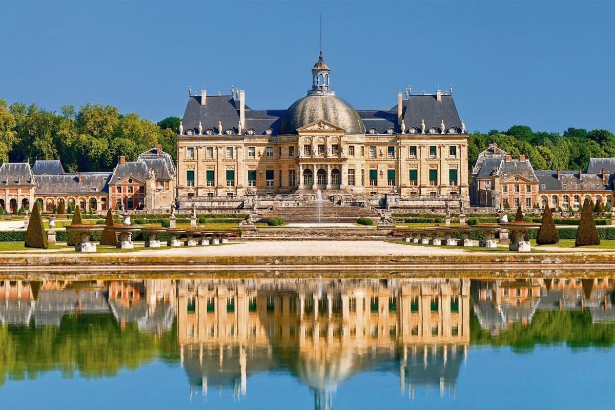 7 Best Places to Visit an Hour from Paris 4